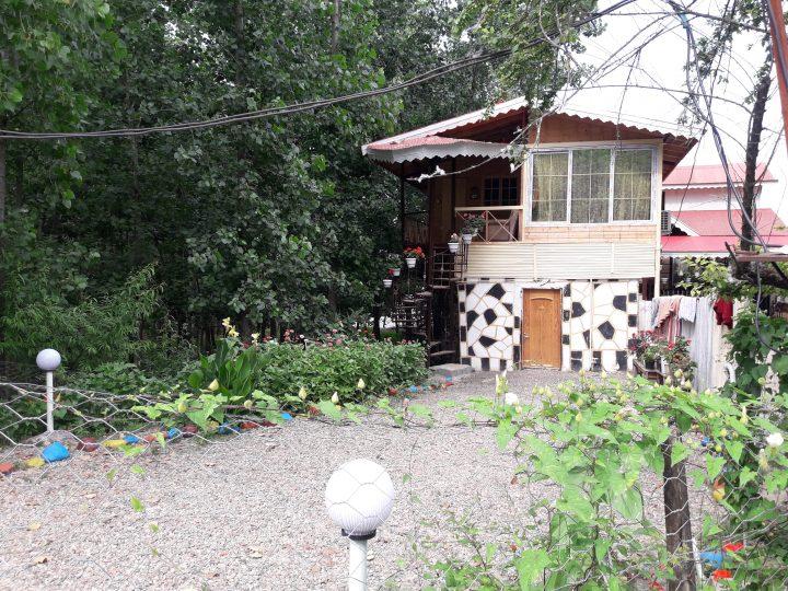کد 14-(کلبه عمو راستین)-روستایی نوساز  یه خوابه در دامنه کوه