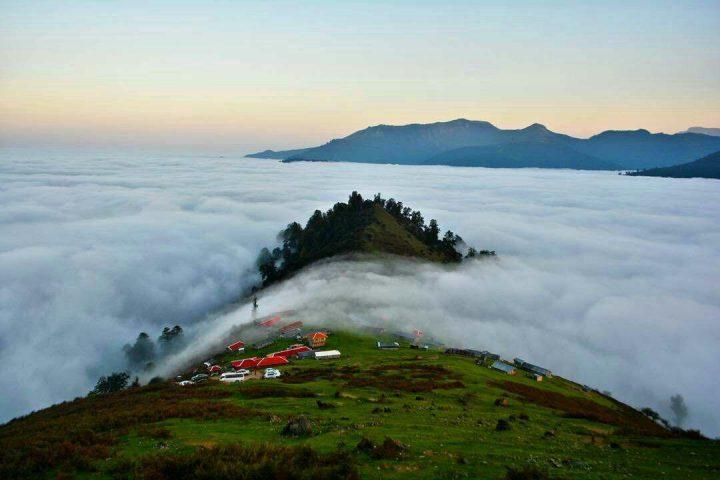 سرزمين رويايي در ميان ابرها  (ماسال)  -درياچه مه در (ماسال) -بهشت گم شده گيلان (ماسال)-سرزمين وطبيعت بكر ودست نخورده ايران  (ماسال )-براي اشنايي با طبيعت ماسال بر روي عكس بالاكليك كنيد..